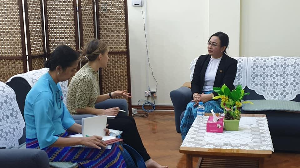 Myanmar Information Management Unit (MIMU) နှင့်စပ်လျဉ်းသည့် နည်းပညာအကူအညီအပေါ် M&E ဆောင်ရွက်သည့် အင်တာဗျူးအား ပင်စင်ဦးစီးဌာန ညွှန်ကြားရေးမှူးချုပ်မှဖြေကြားခဲ့ပါသည်